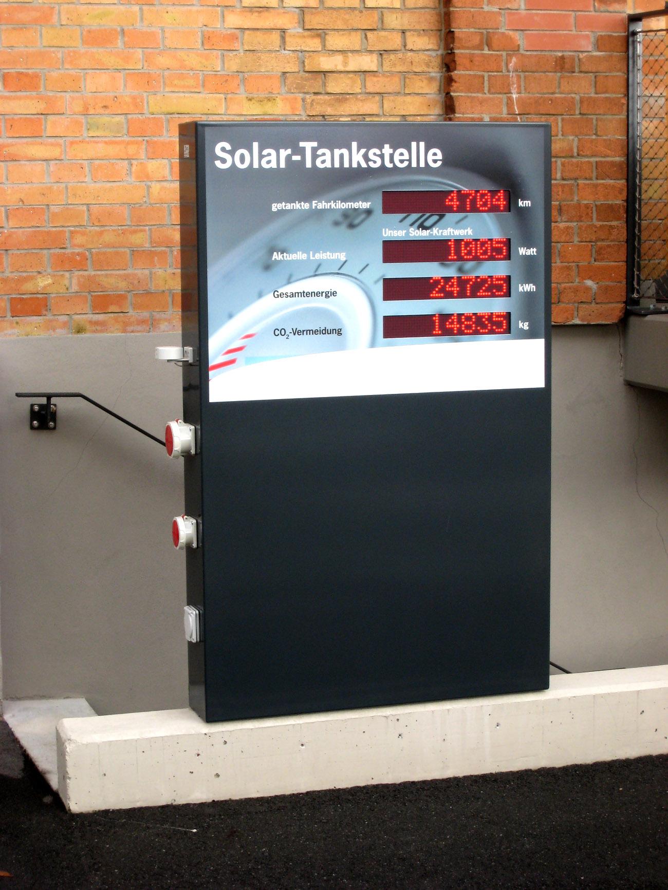 LED-Anzeige Solar-Tankstelle, Zeichenhöhe 60 mm, Outdoor-Stele